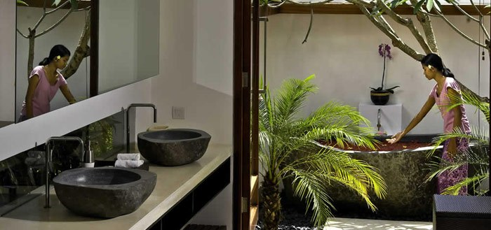 10 stunning balinese outdoor bathrooms my cosy retreat - Outdoor Bathroom