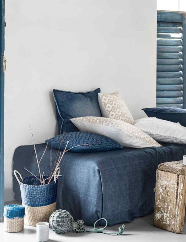 9 beautiful indigo coastal decor inspirations   My Cosy Retreat