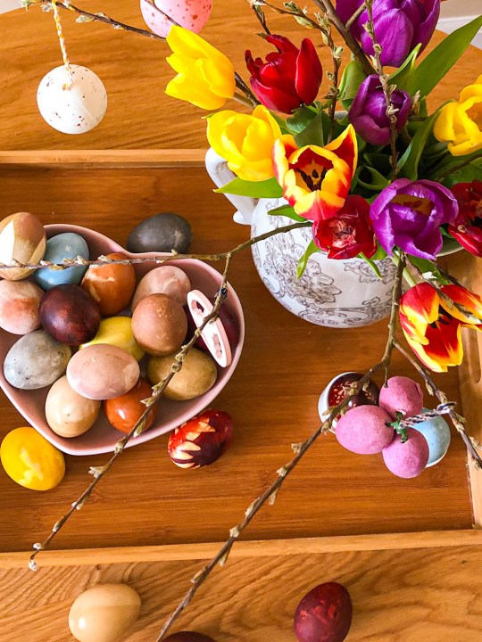 How to dye eggs this Easter?
