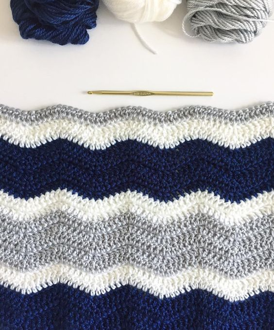 A Chevron Crochet Blanket Basic Guide How To Crochet A Ripple Blanket Daisy Farm Crafts