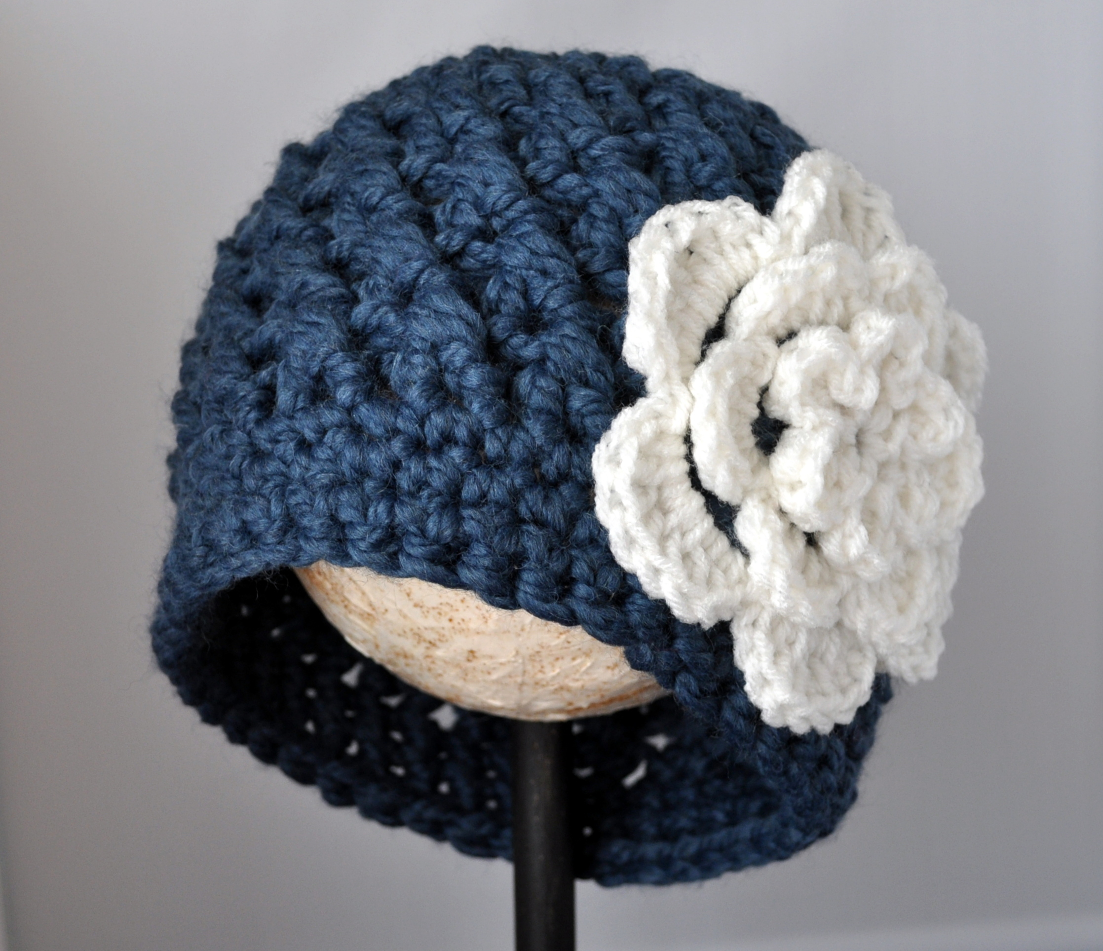 Best Products to Make with the Chunky Yarn Crochet Pattern Crochet Chunky Flowered Cloche Pattern Classy Crochet