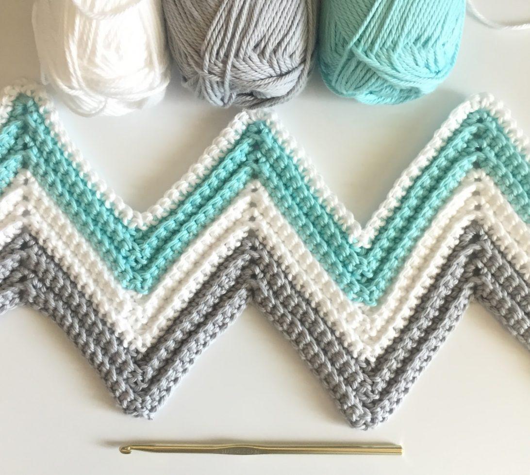 Blanket Crochet Pattern Free to Get You Warmer at Night Free Crochet Patterns For Chevron Ba Blankets Dragonsfootball17