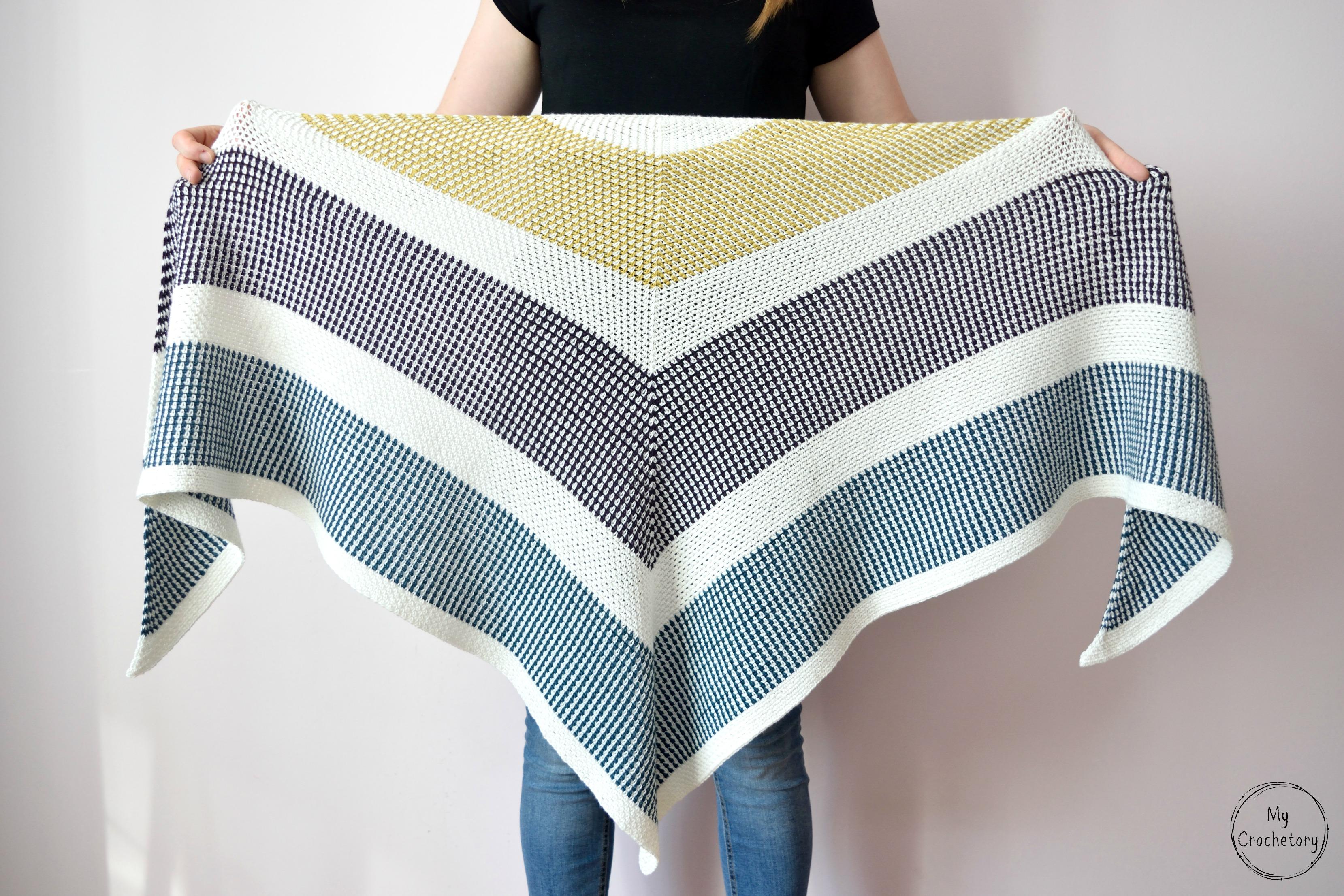 triangle moss stitch shawl1mc
