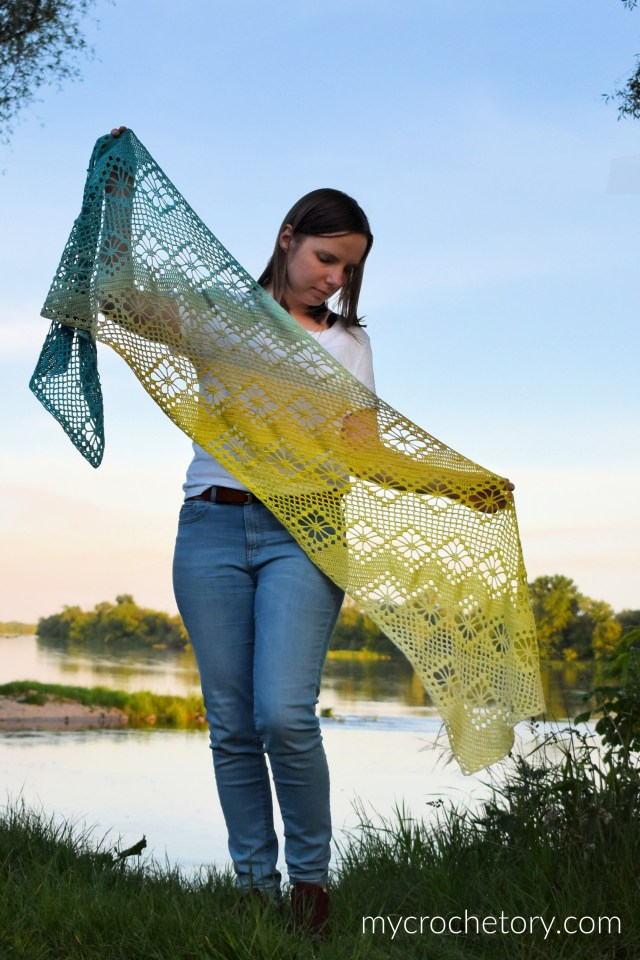Zarina Diagonal Scarf - corner to corner crochet scarf. Free crochet pattern on my blog mycrochetory.com