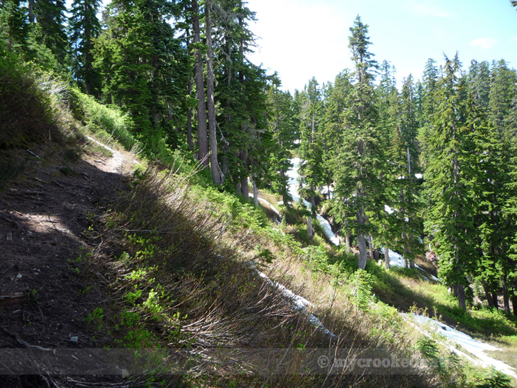 Here the trail skirted the hillside before turning left up a rock face.