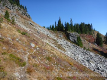 Trail to Lila Lakes