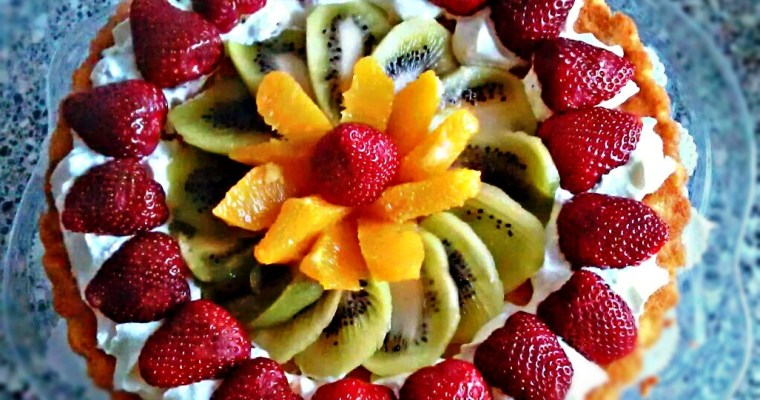 Eggless Sponge Cake with Creamcheese and Fruits