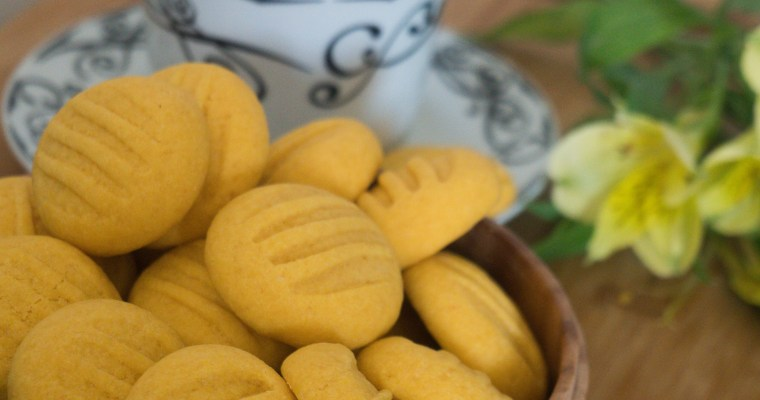Eggless Custard Cookies
