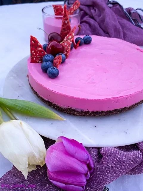 No-bake Beetroot White chocolate Cheesecake