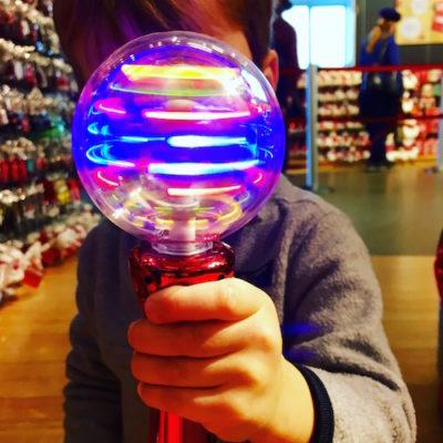 spinning light toy