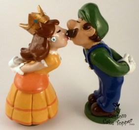 Daisy And Luigi Mario Bros Wedding Cake Topper