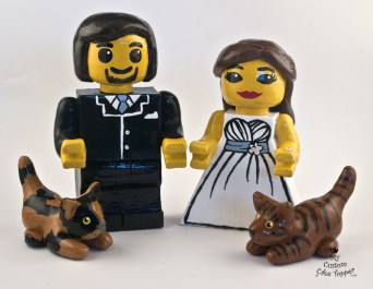 Lego Bride And Groom With Cats Wedding Cake Topper