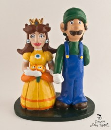 Luigi And Daisy Mario Brothers Cake Topper