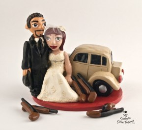 Bonnie And Clyde With Car Wedding Cake Topper