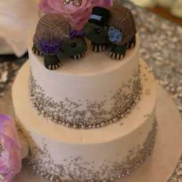 Taisha's Land Turtles Realistic Wedding Cake