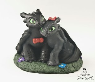 Night fury Couple on Grass Wedding Cake Topper