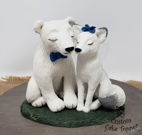 Polar Bear and White Fox