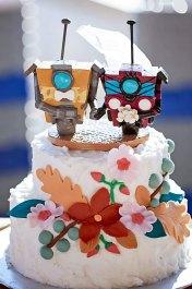 Lindsay's Claptrap Borderlands Cake Topper