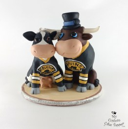 Cartoon Cow and Bull Cake Topper