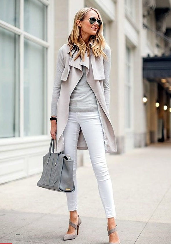 18-white-jeans-a-grey-tee-and-oversized-cardigan-and-shoes