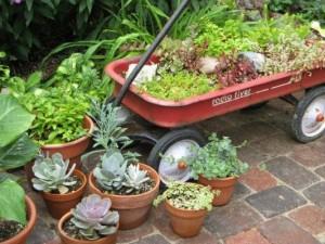 toy-cart-planter-300x225