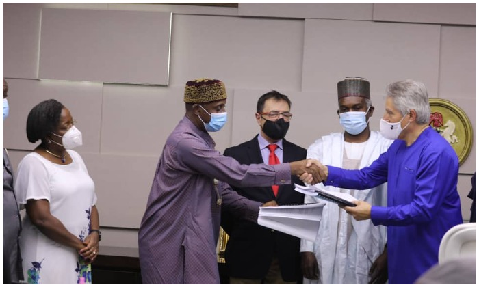 FG Signs Contract with Firm for Kano Niger Republic Rail Project