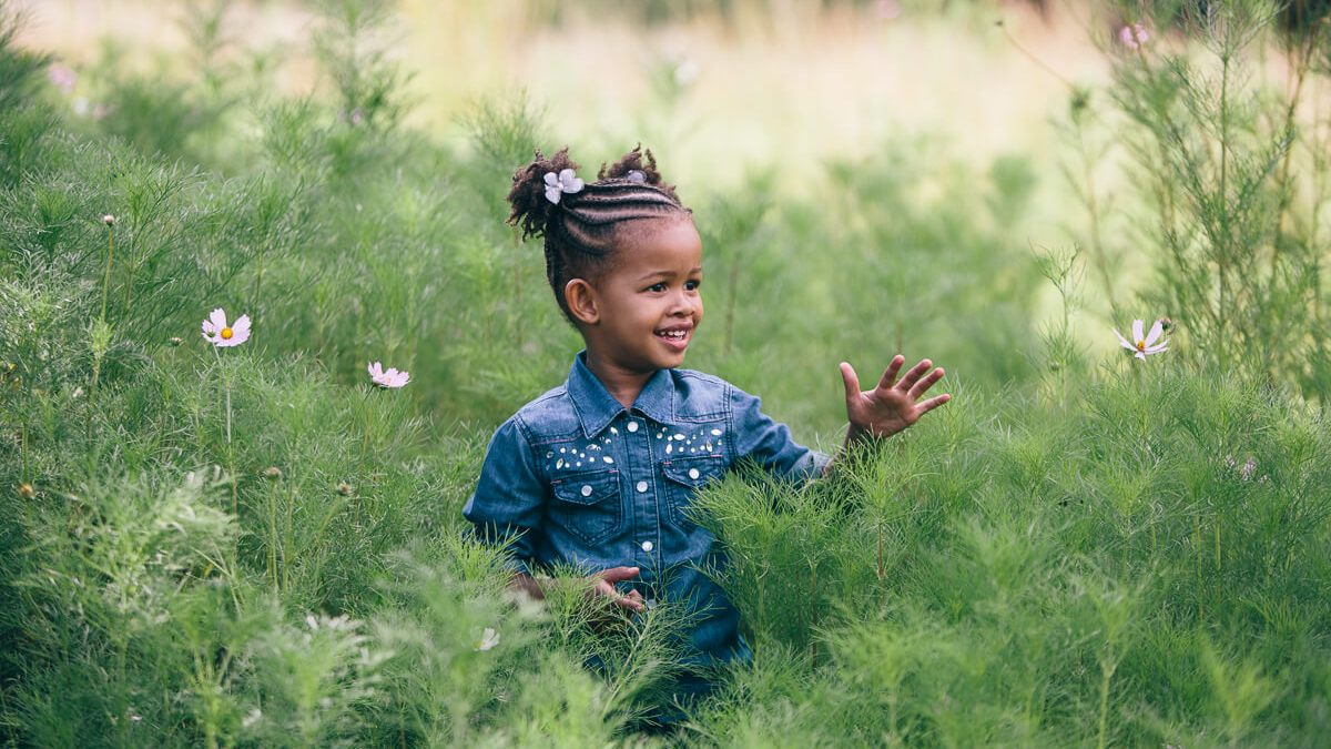 shyness in kids family photography
