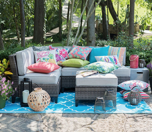 Merveilleux Go Over To JCPenney Where You Can Get Up To 70% Off Patio Furniture Sets!