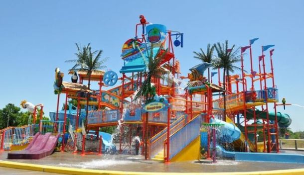 Discounted Water-Park Admission With Souvenir Bottles at