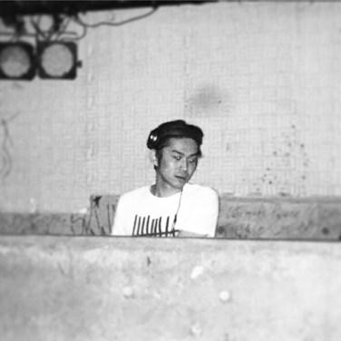DJ MORI アー写