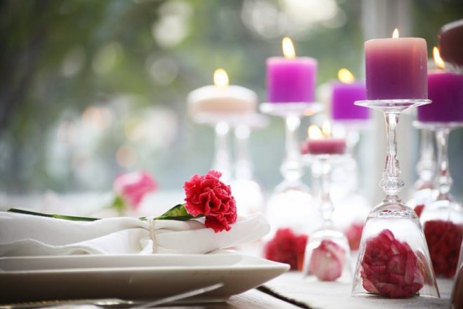 decor valentine day with candles