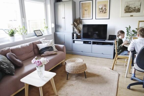 modna sofa IKEA