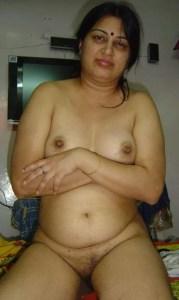Desi SExy Aunty Naked Bollywood Sexy Actress