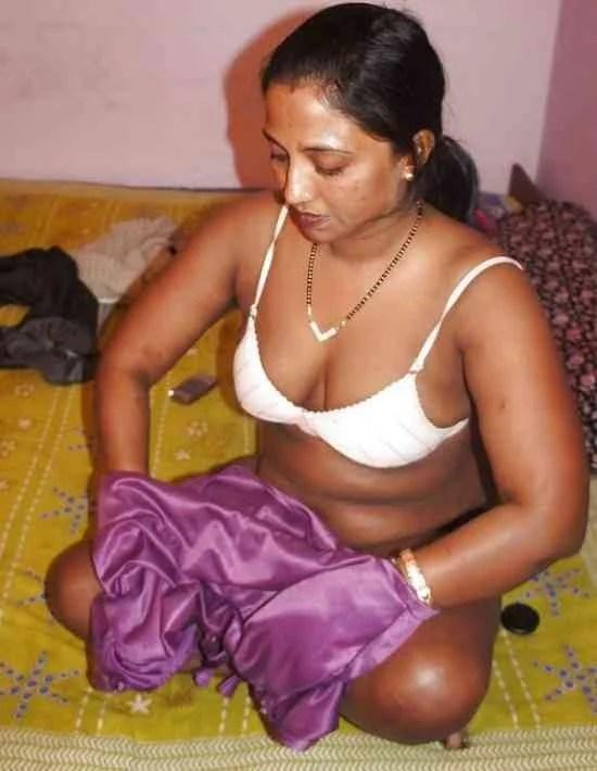 Indian-Xxx-Mallu-Bhabhi-Hot-Nude-Aunty-Photo-Housewife-Sex -1412
