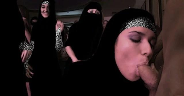 %name Arab xxx muslim hijab aunty nude hot sexy porn photo gallery
