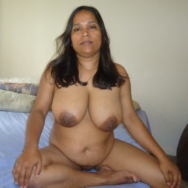 %name Desi Indian xxx big boobs Rukmini bhabhi nude photo