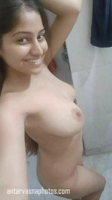 Punjabi girl Simran ki nude photos