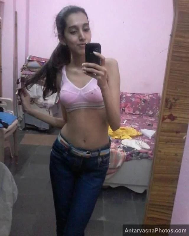 sexy bhabhi ki slim figure ki hot pic