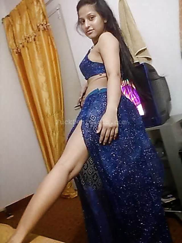 hot indian babe showing sexy legs