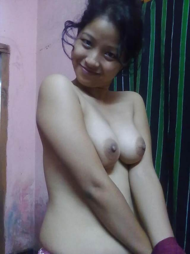 nude aunty showing her tits in happy mood