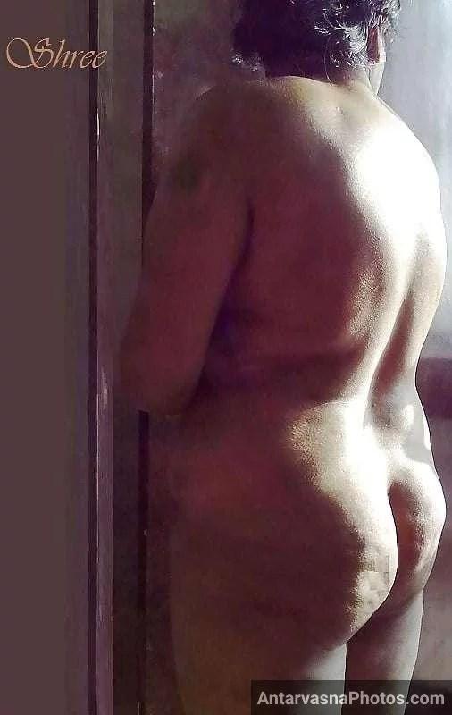 sexy desi aunty nude bathroom pics 8