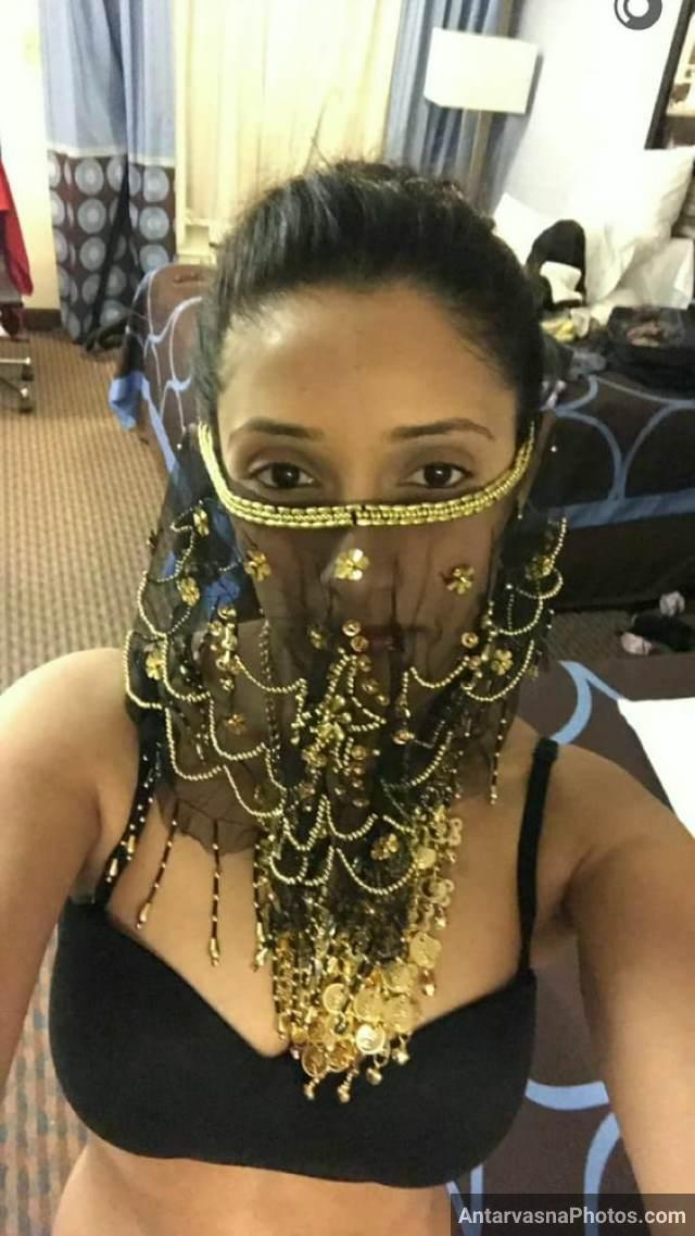 black bra me burka laga hot selfie li salma ne