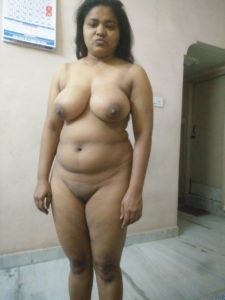 beautiful desi booby chubby bhabhi