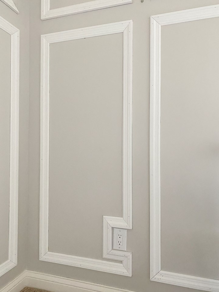 wall molding around electrical outlet