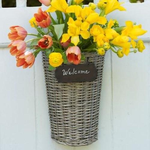 DIY decorate your door2