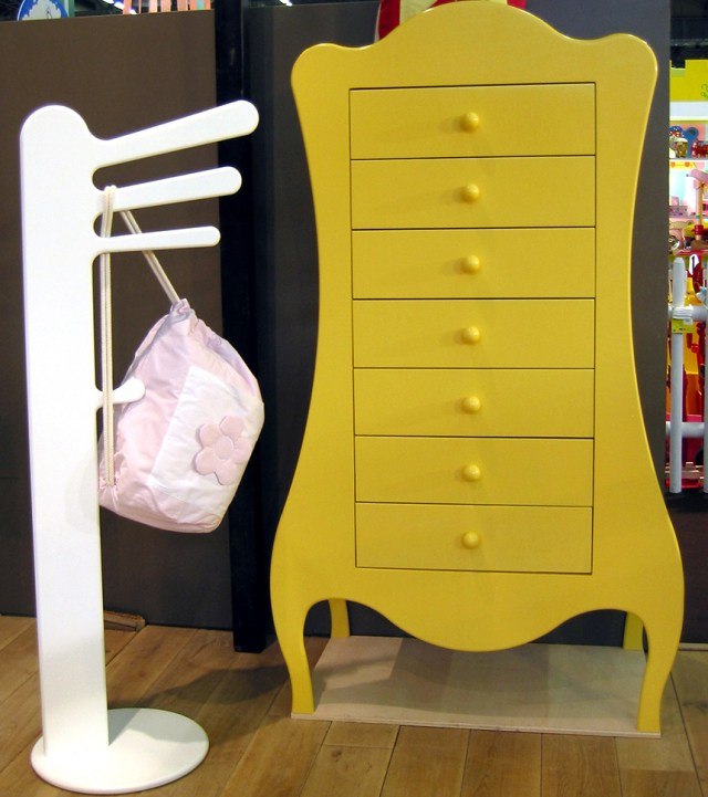 Bright collection of children's furniture14