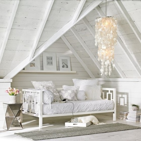 White attics With summer flavor4