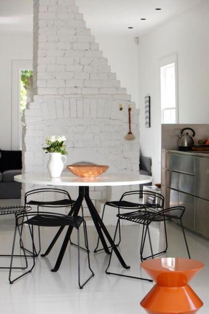 White Brick walls6
