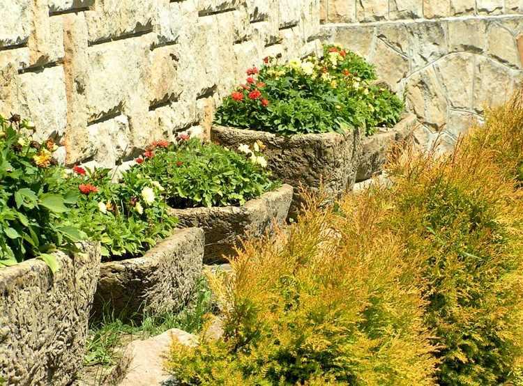Concrete garden jardinières (19)