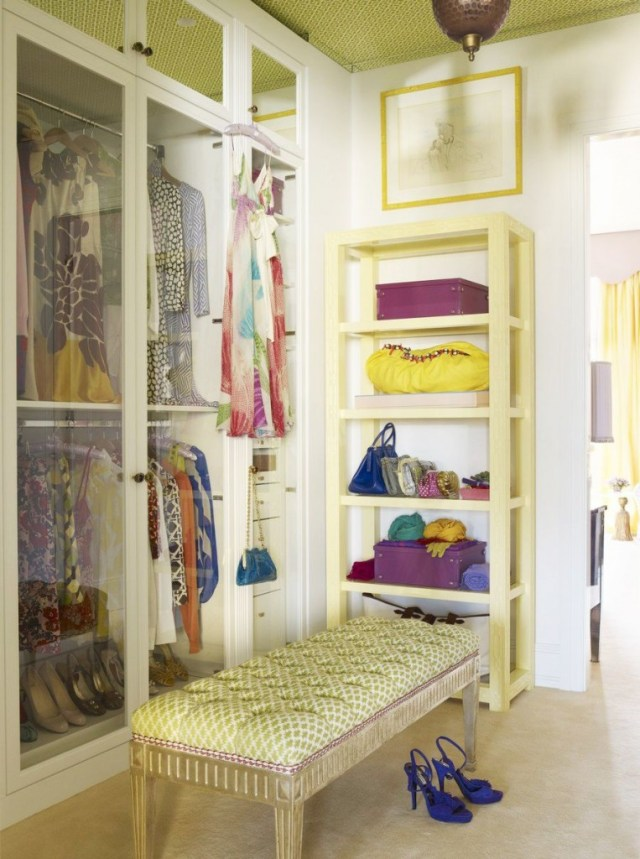small dressing rooms ideas34